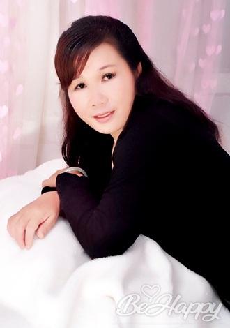 dating single Meizhen (Molly)