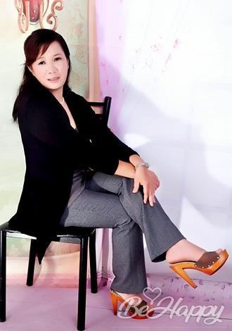 beautiful girl Meizhen (Molly)