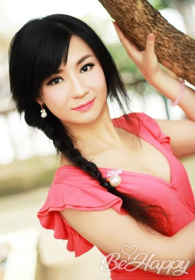 dating single Suzhen (YOYO)
