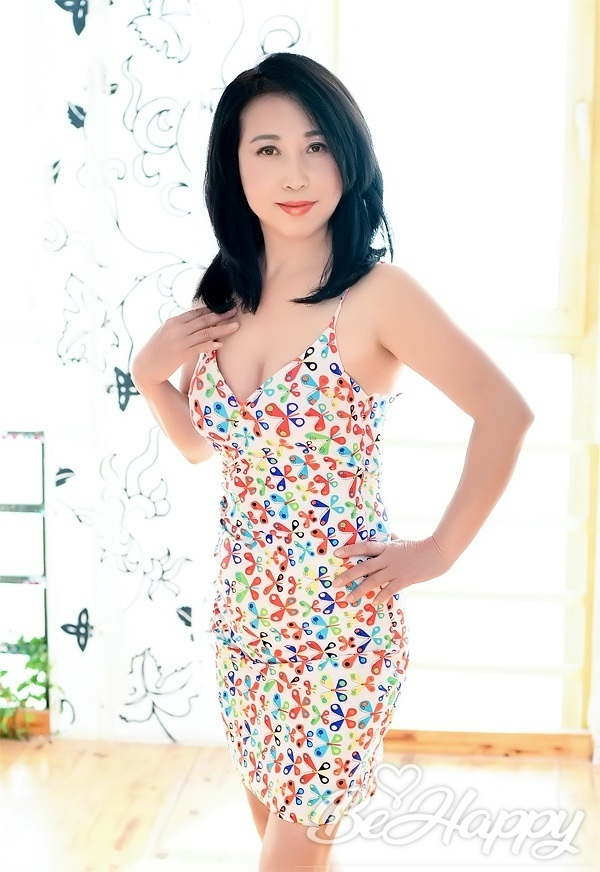 dating single FengRong (Rong)