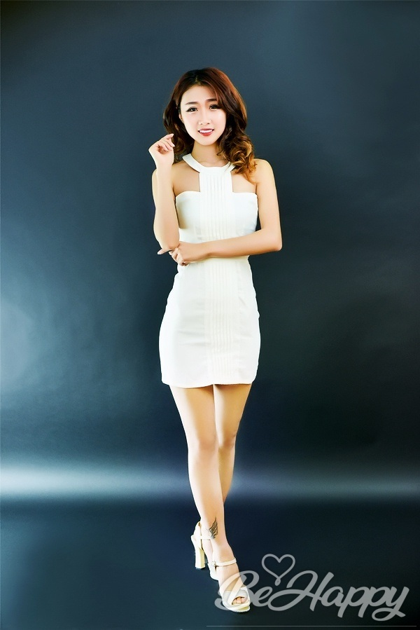 dating single ChangYi (Coral)