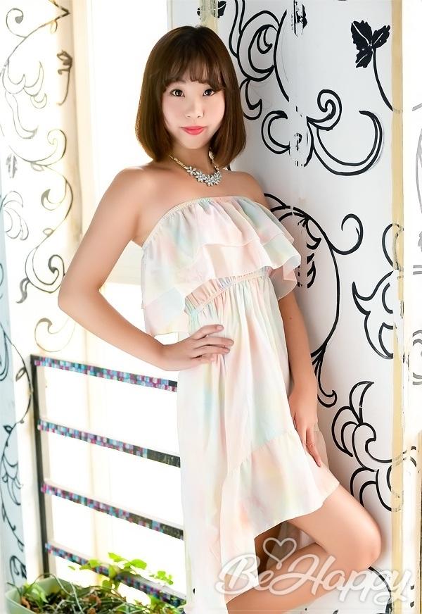 beautiful girl Zhongyuan (Lena)