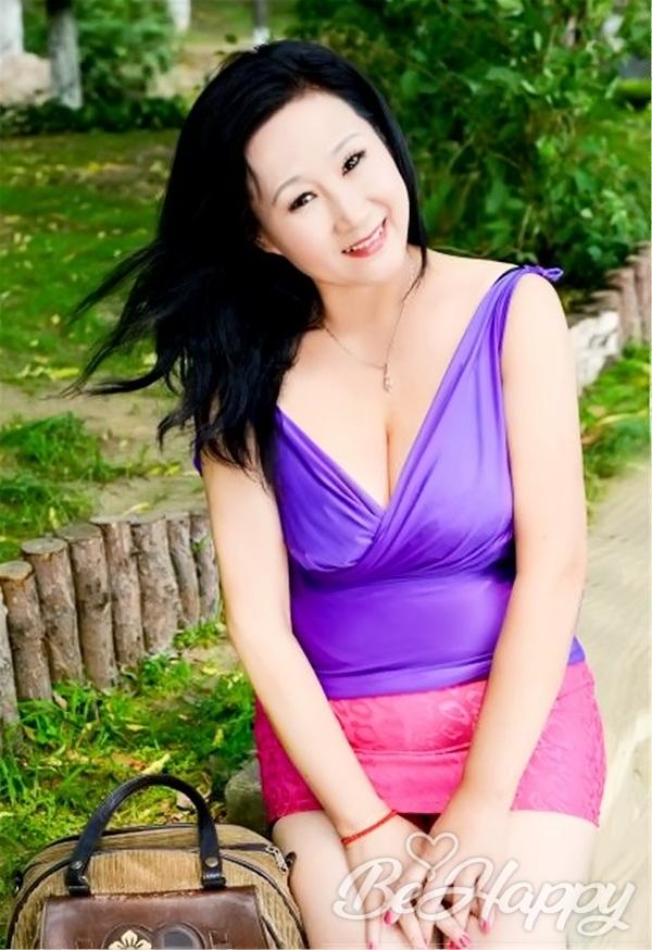 dating single Xiaoshi (Liz)