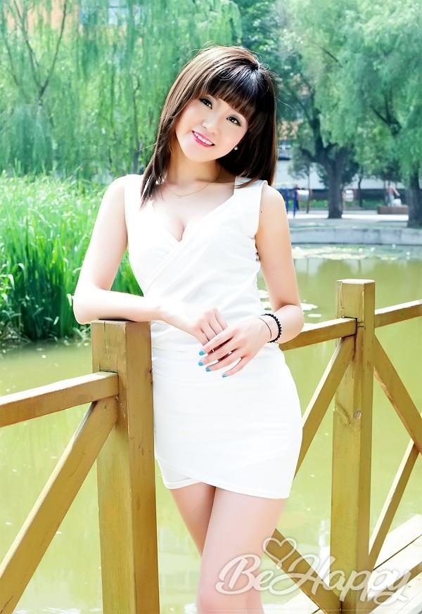 beautiful girl Yiqing (Nancy)