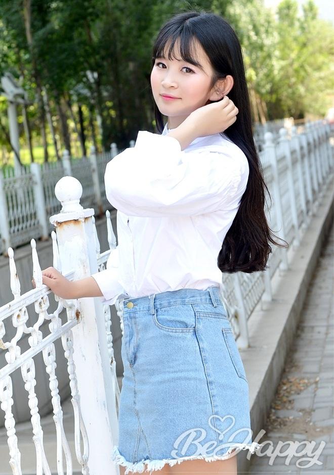 beautiful girl Xiaotong (Wendy)