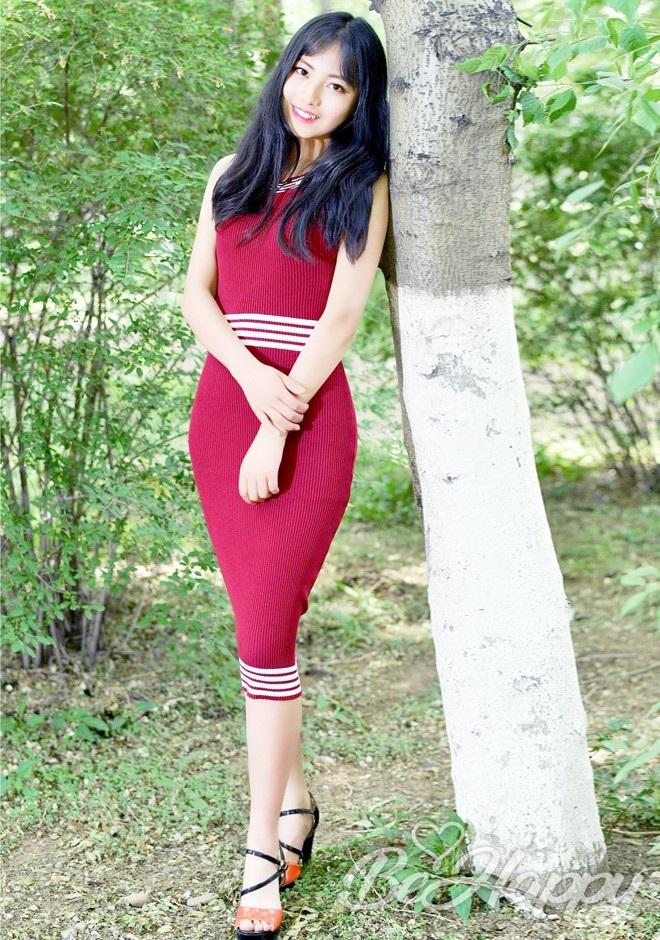beautiful girl Weidan