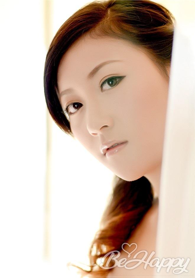 beautiful girl Xuemei