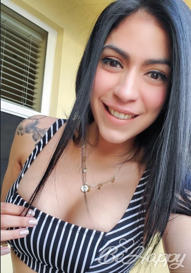 dating single Vanessa Josephine