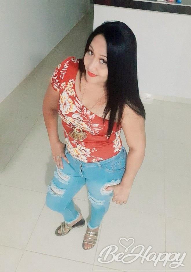 dating single Ingrid Paola