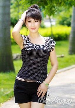 dating single Yichun (Susie)
