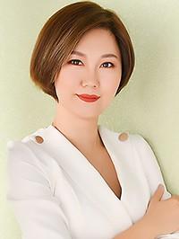 Asian woman Na (Andrea) from Pengshan, China