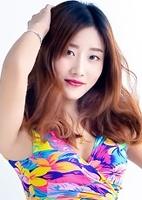 Single XiuYu (Sarah) from Shenyang, China