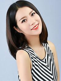 Asian woman Fan from Fushun, China