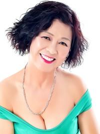 Asian woman Qiuyan (Yan) from Fushun, China