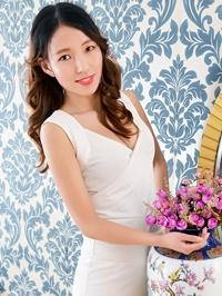 Asian woman Tingting (Alina) from Shenyang, China
