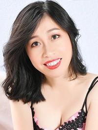 Asian woman Hong (Eva) from Anshan, China