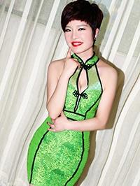 Asian woman Ling (Lynn) from Xianyang, China