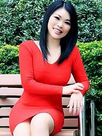 Single Yanling (Linda) from Shenzhen, China