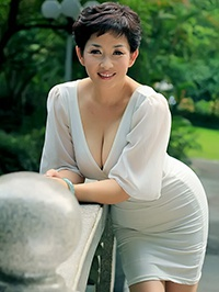 Single Lingling (Linda) from Shenzhen, China