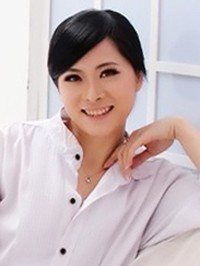 Asian woman Xiaoyun (Jessy) from Dongguan, China