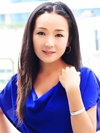 Asian woman Hui (Nina) from Shenzhen, China