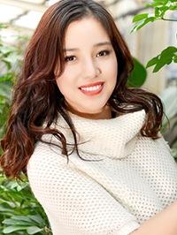 Asian woman Shihong from Fushun, China