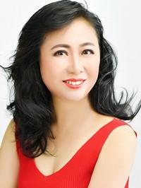 Asian woman Jianhui (Emily) from Fushun, China