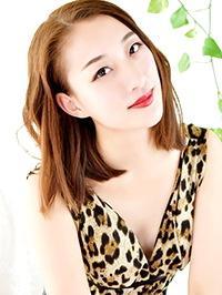 Single Yue (Hannah) from Shenyang, China