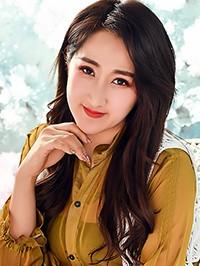 Asian woman Peipei (Adele) from Shenyang, China