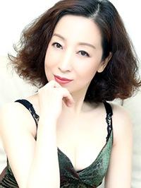 Asian woman Sunny from Guangzhou, China