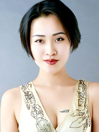 Single Chongxiao (Dora) from Shenyang, China