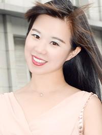 Single Fang (Wendy) from Huixin, China