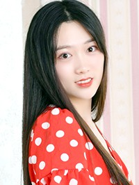 Asian woman Junwen from Dandong, China