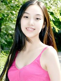 Asian woman Xiaoxuan from Shenyang, China