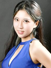 Asian woman Zilun from Shenyang, China