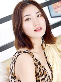 Asian woman Xuanzhi from Shenyang, China