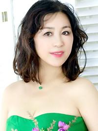 Single Yuxia from Shenyang, China