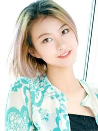 Asian woman Yanling from Changzhi, China