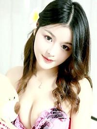 Asian woman Meifang from Changsha, China