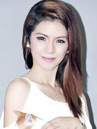 Asian woman Dindin Aro from Bataan, Philippines