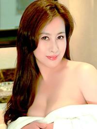 Single Yanmei from Fushun, China