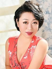 Asian woman Dongjiao (Lucy) from Fushun, China
