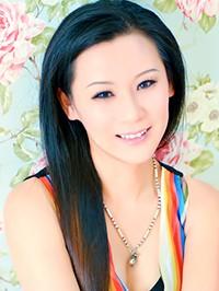 Asian woman Alice from Fushun, China