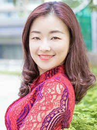 Asian woman Na from Zhuhai, China