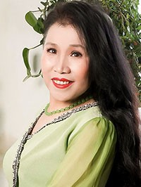 Asian woman Fengzhi from Shenyang, China