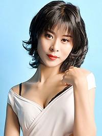 Asian woman Ying (Sarah) from Shenyang, China