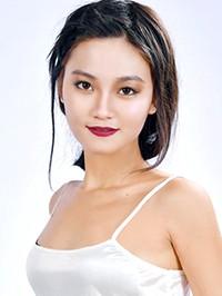 Single Xin from Haicheng, China