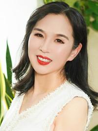 Asian woman Yanjie from Shenyang, China