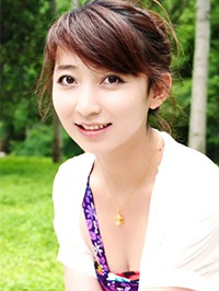 Asian woman Xuemei from Fushun, China