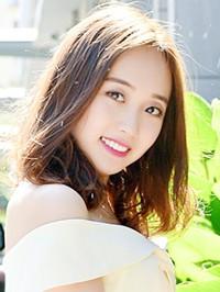 Asian woman Siyan from Benxi, China